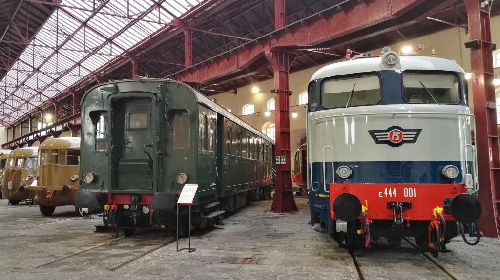 C'è un luogo unico in Italia dove immergersi in 150 anni di storia delle ferrovie italiane. È il Museo di Pietrarsa: un treno per grandi e bambini.