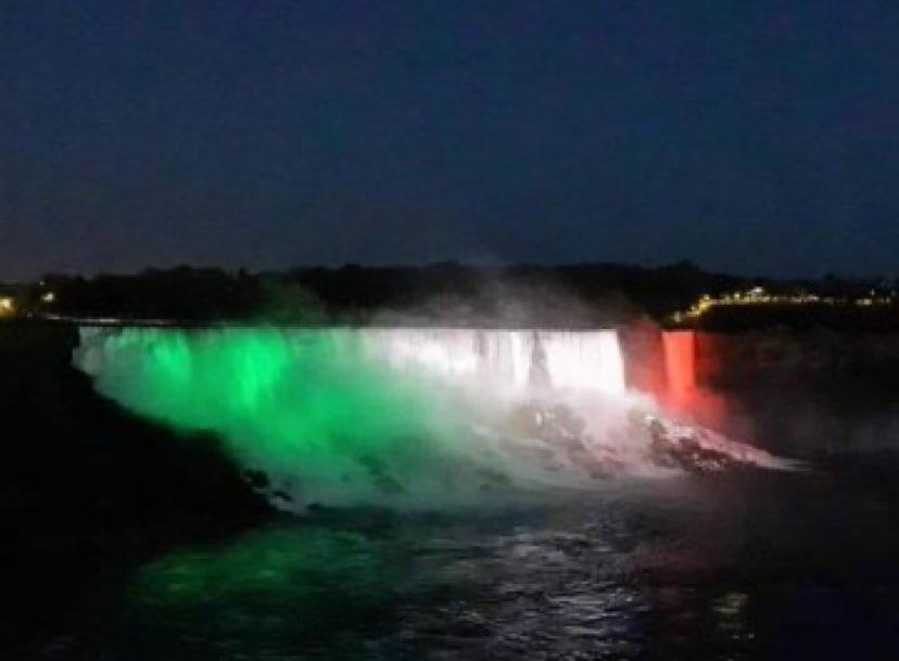 Niagara Falls - Cascate del Niagara #italy #orgoglioitaliano #forzaitalia #andratuttobene #coronavirus #COVIDー19 #italia