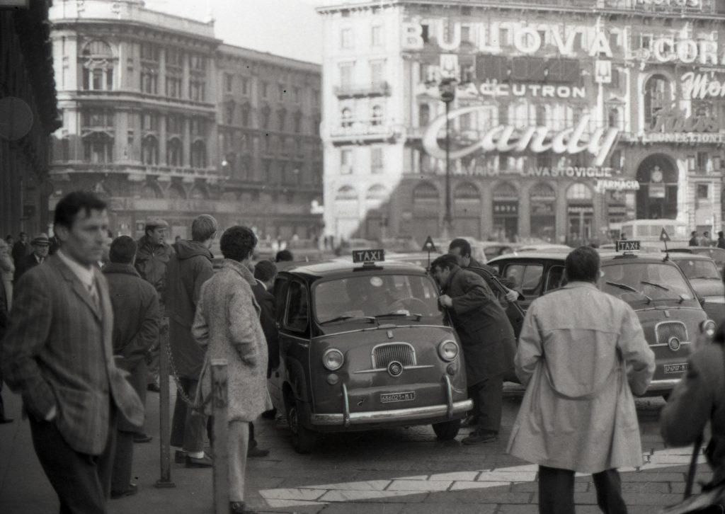 Non erano solo canzonette, a Pesaro una grande rappresentazione della storia italiana recente dal 1958 al 1982:grande sotto tutti gli aspetti,
