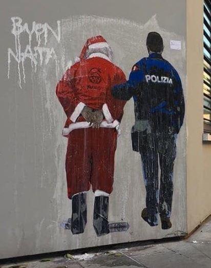 Il Babbo Natale: Il murale dell'artista Tvboy dedicato a Babbo Natale realizzato a Milano e rimosso nel 2018