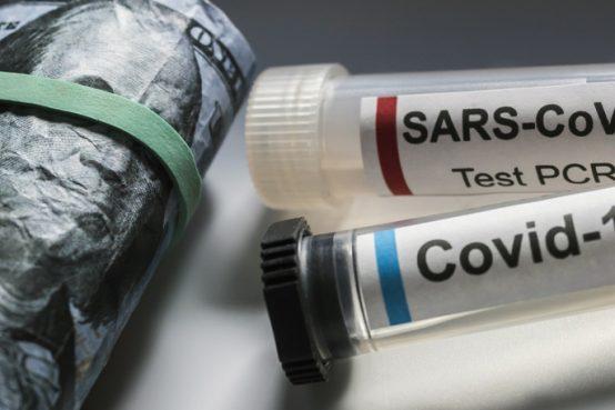 Covid 19 e vacciono, c'è un timore fondato che l'emergenza riduca i tempi dei test rendendolo potenzialmente pericoloso.