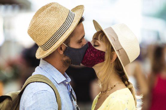 C'è chi ritiene che l'amore sia una cosa semplice, altri un'esperienza dolorosa. Infine, c'è chi ritiene l'amore la più saggia delle follie. EcoRandagio - Eco Randagfio