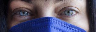 L'utilizzo della mascherina controlla la diffusione del virus, ma siamo sicuri che la nostra socialità non ne stia risentendo?